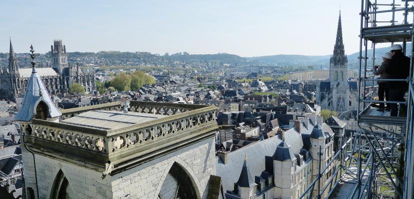 Cathedrale de Rouen France plongee au coeur dun chantier vertigineux