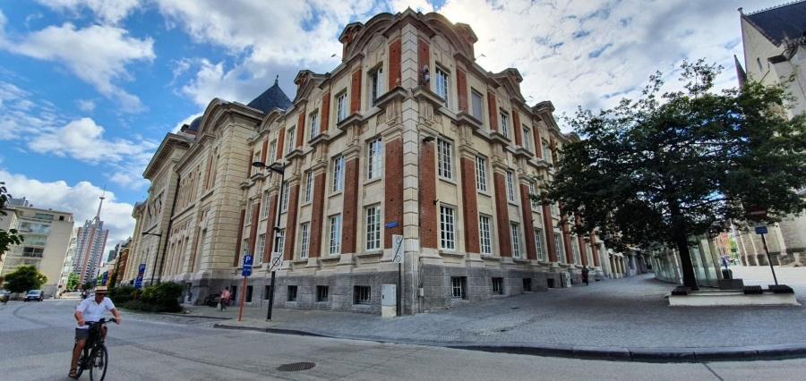 Expo in gerenoveerd gerechtsgebouw Leuven